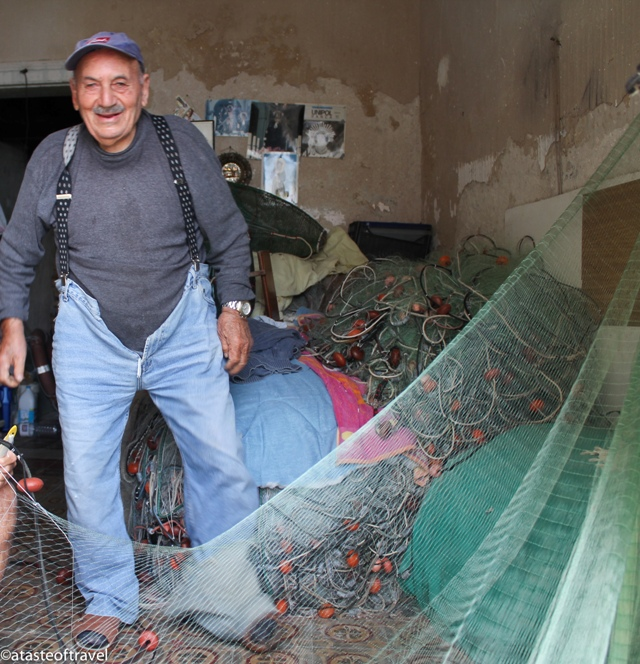 """Net repairer in Trapani, Sicily"""
