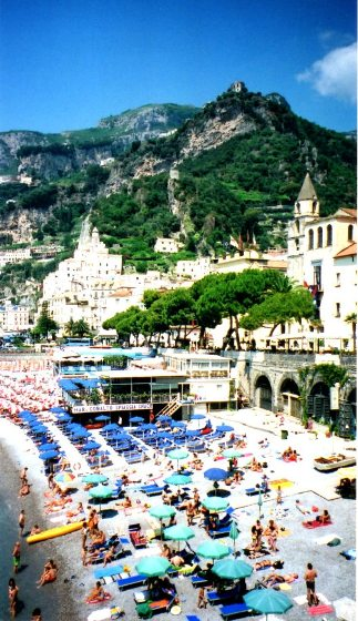 """Sun worshipping on the Amalfi Beach"""