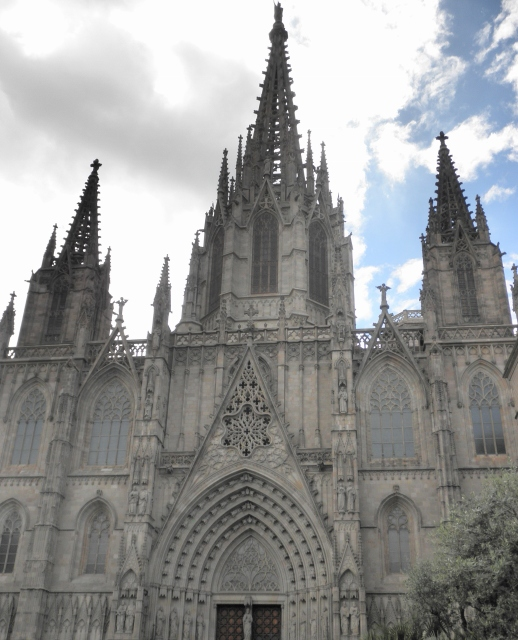 """Barcelona Cathedral exterior"""